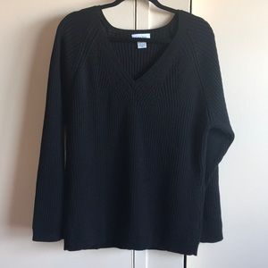 A black sweater NWOT
